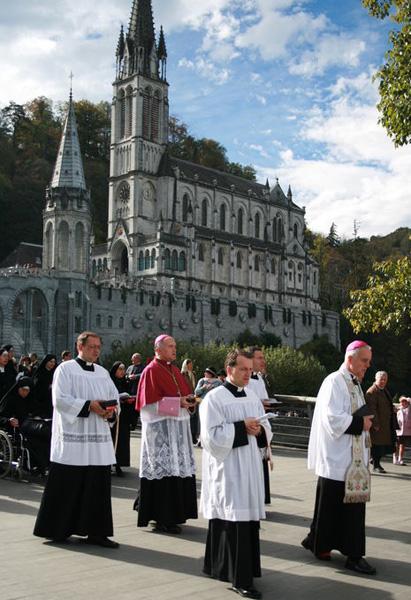 FSSPX Lourdes 2008
